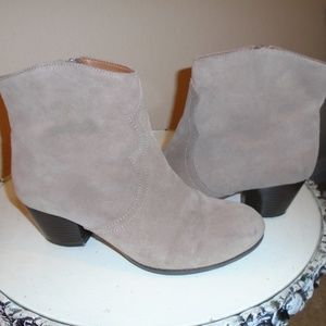 LUCKY BRAND SUEDE BOOTIES / BOOTS ~ 9.5 ~